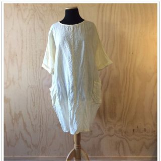 Lizzy linen dress in Cream