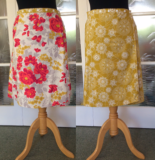 Reversible skirt in floral & gold