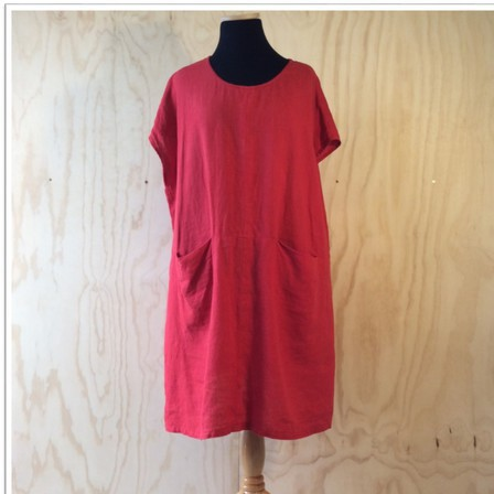 Linen Ettie dress in RED