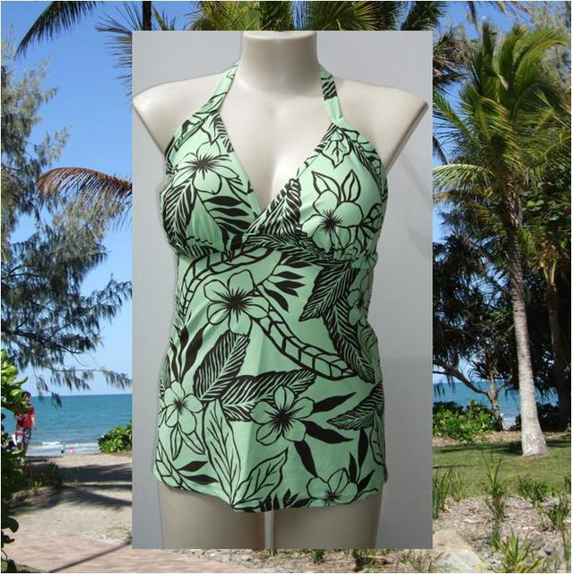 Sonsie Naturals range Tankini top in Green